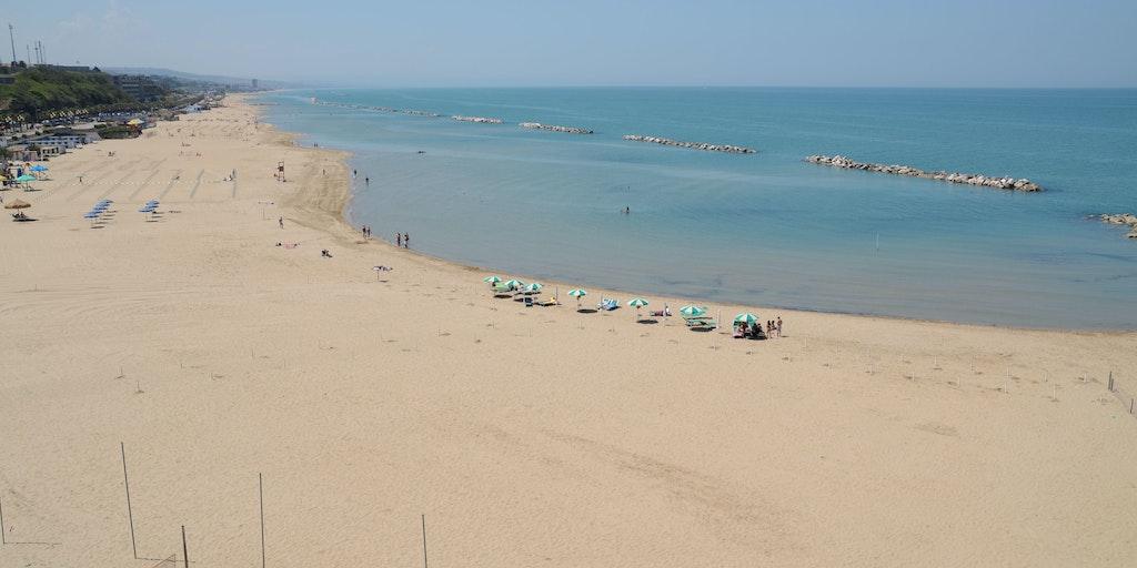Termolis skønne sandstrand