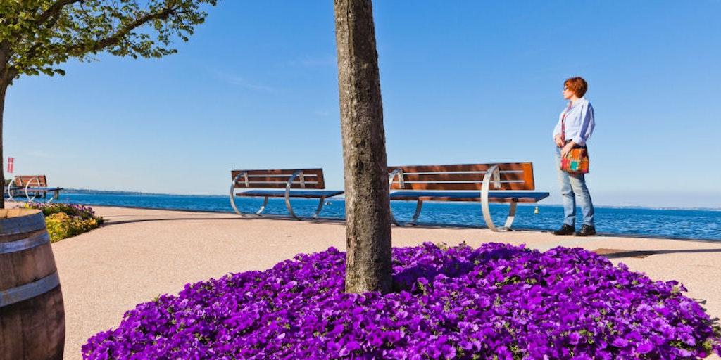 The lakeside promenade in Bardolino