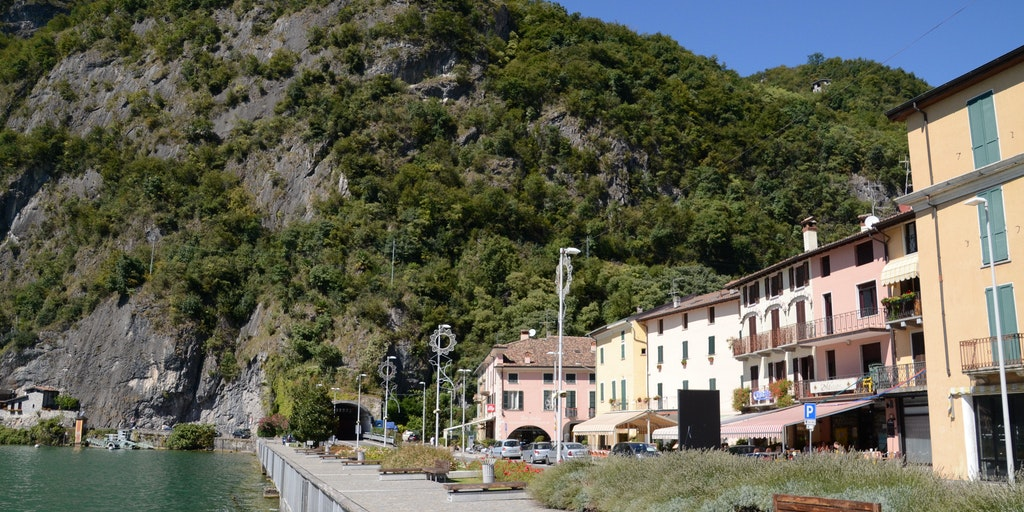 The promenade at Porlezza