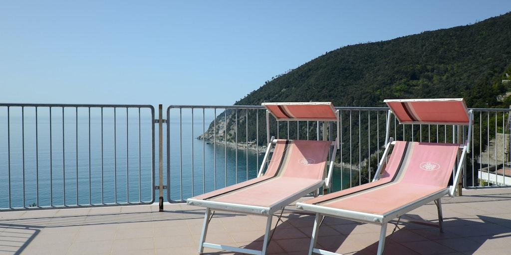 Terrasse panoramique de l'hôtel