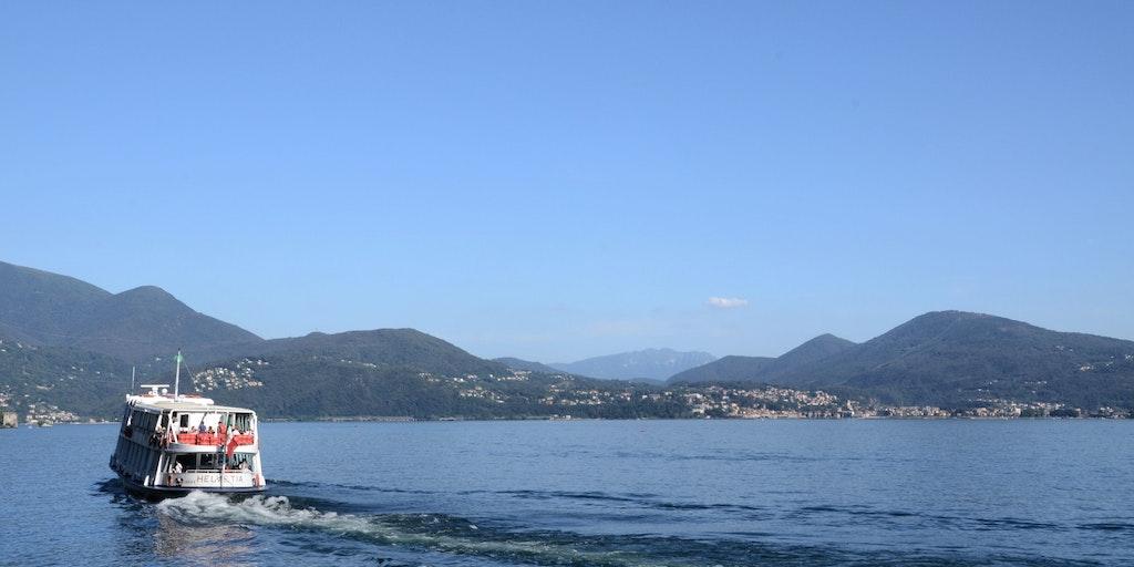 Segeln Sie auf dem Lago Maggiore
