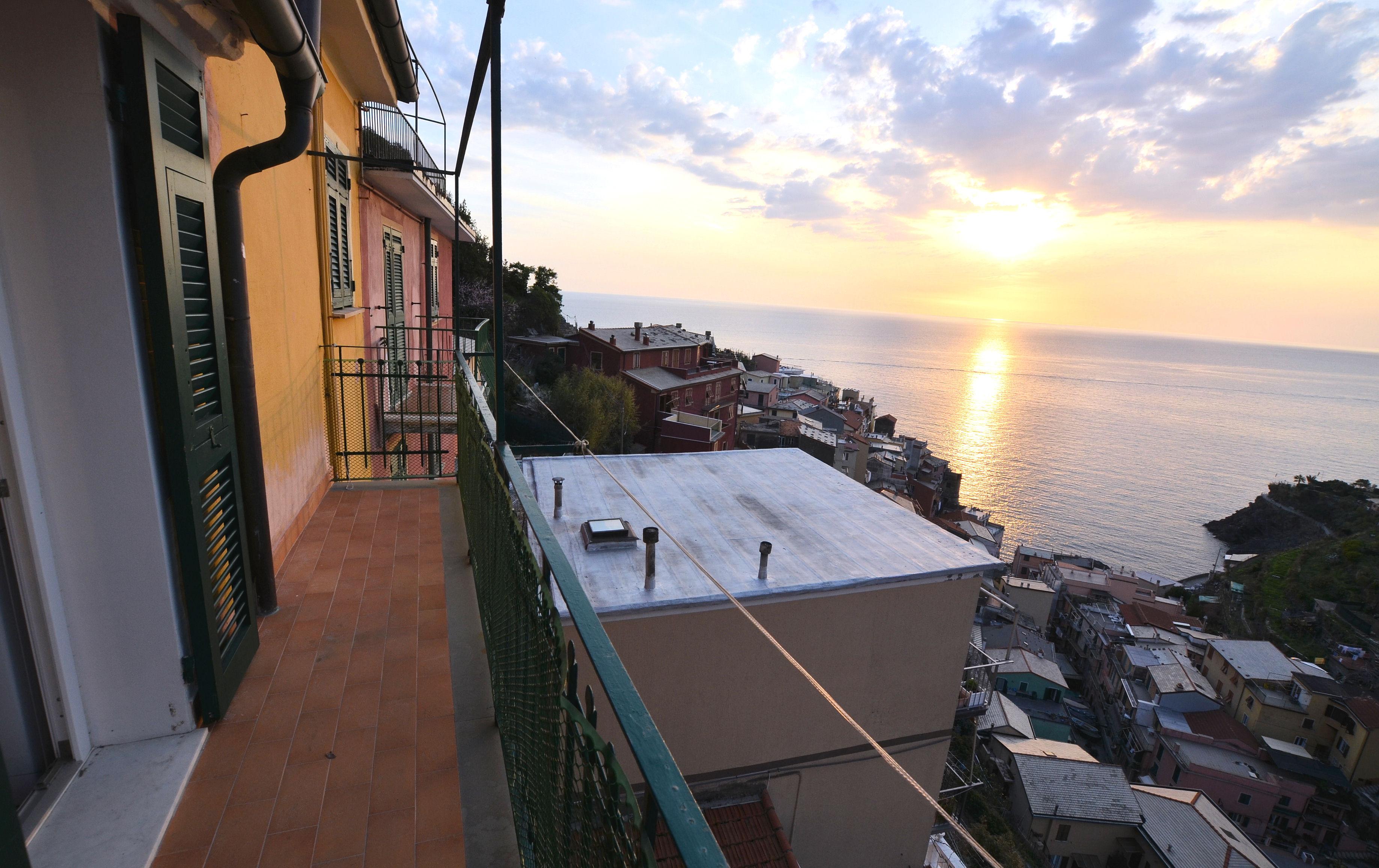 Ture, 8, sover på balkongen   SvD