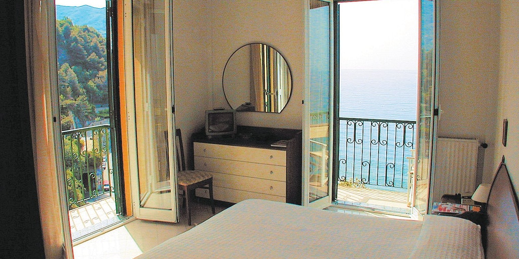 Eksempel på Classic-rom (altså med balkong og havutsikt, men uten aircondition)