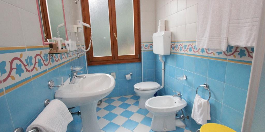 Beispiel von einem Badezimmer