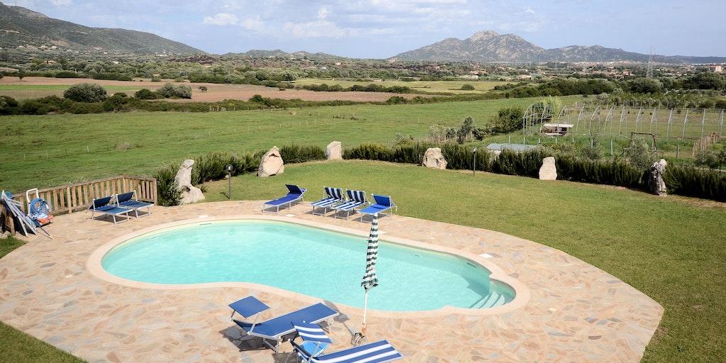 B B Giardinos Hotell I Olbia P Sardinien