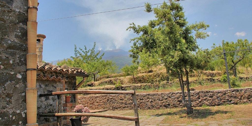 Vue de l'Etna depuis le jardin