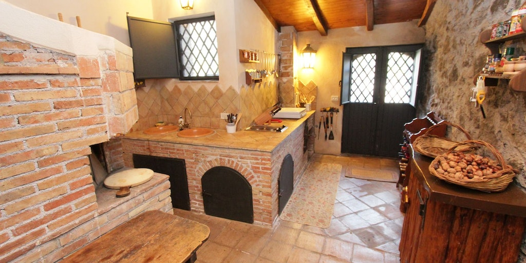 Kitchen with stone oven