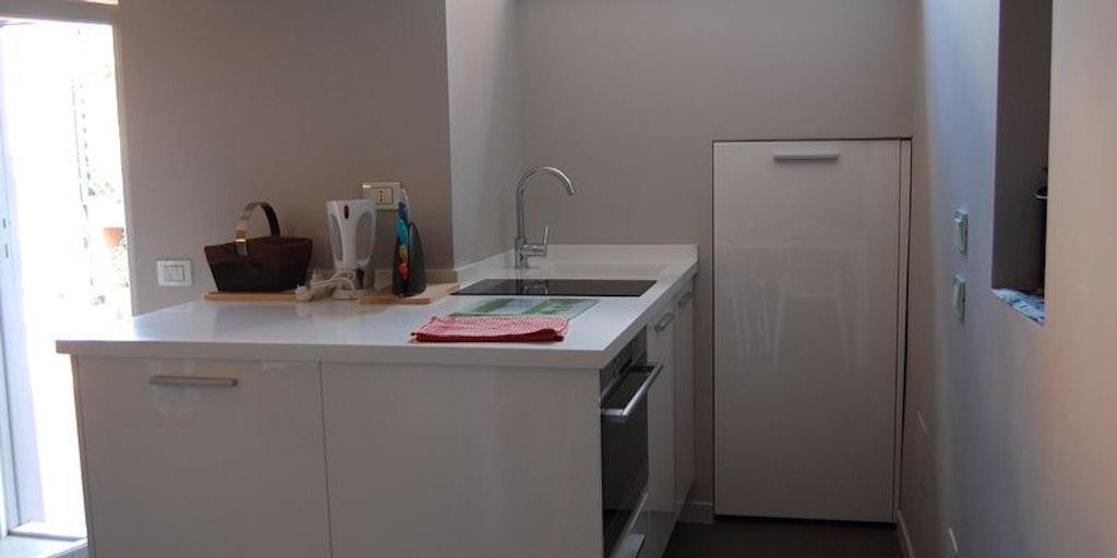 appartamento apostoli penthouse ferienwohnung in rom. Black Bedroom Furniture Sets. Home Design Ideas