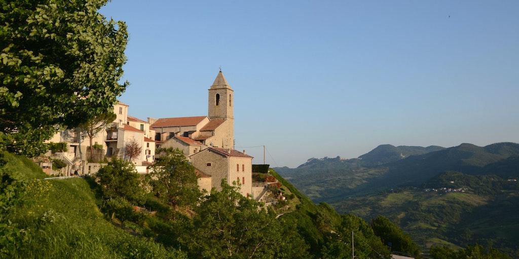 Visitez les églises d'Agnone, connue pour sa production de cloches d'églises