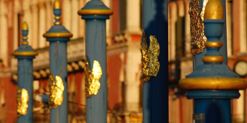 Distinguished moorings in Venice