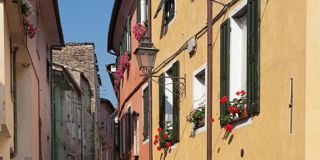 """Les petites rues du village, appelées """"caruggi"""" en dialecte"""