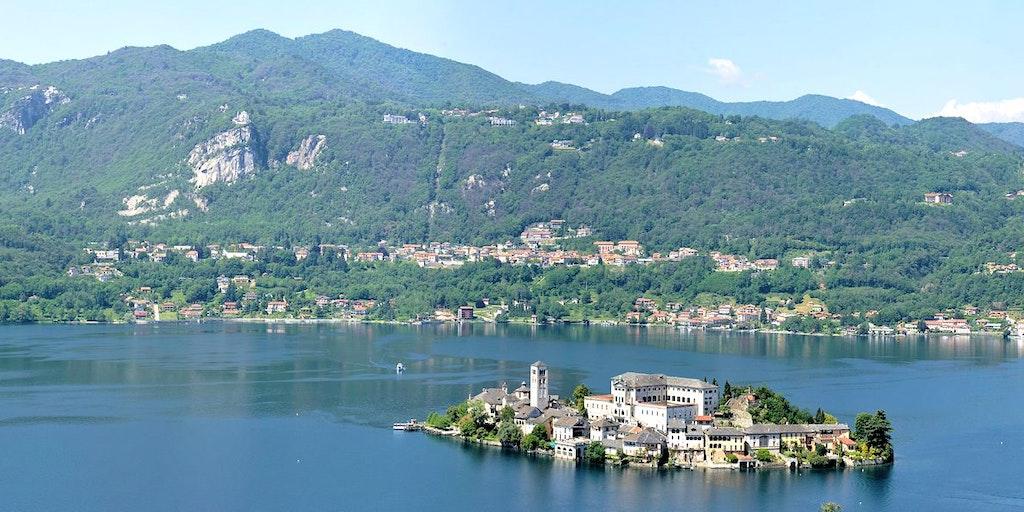 Utsikt från Sacro Monte d'Orta