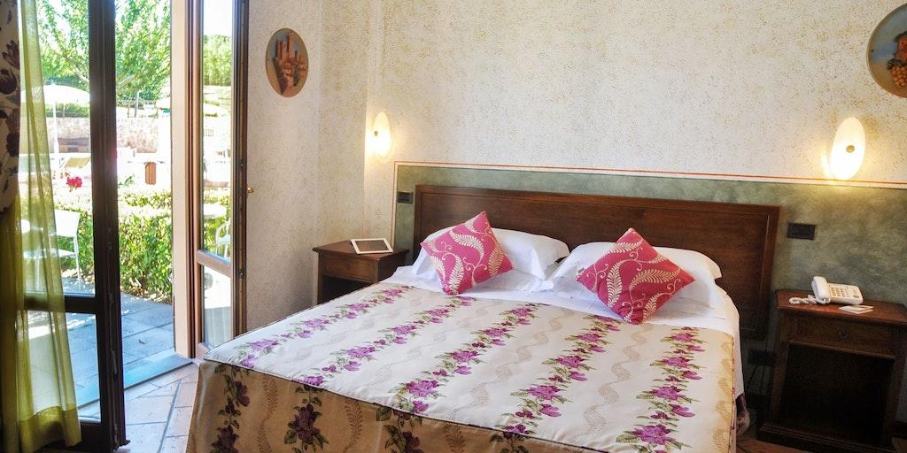 Rum på 1:a våningen med terrass