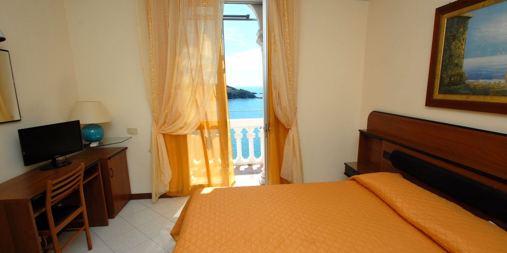 Double room w / ocean view