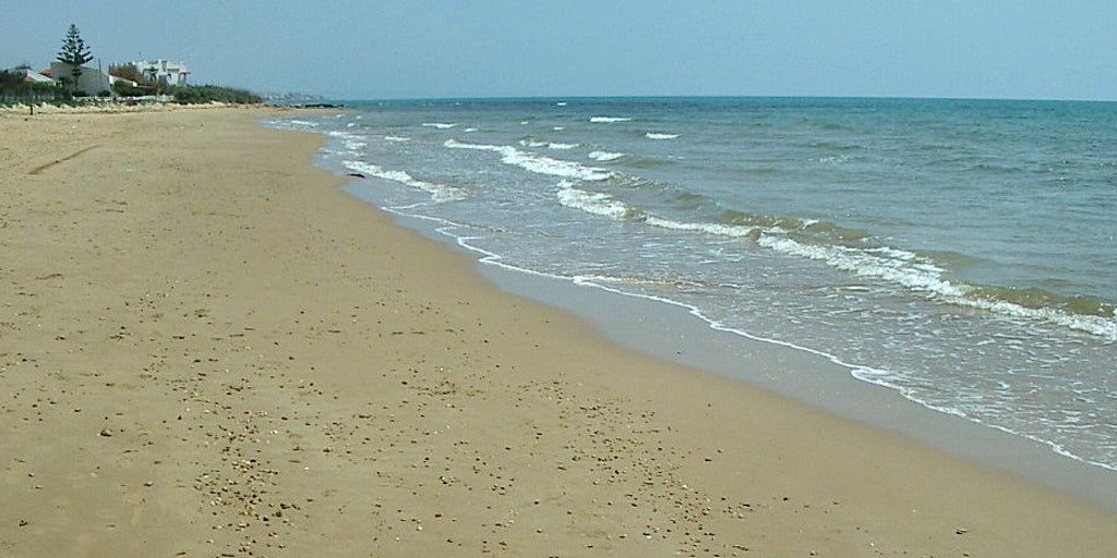 The beautiful sandy beach of Punta Secca