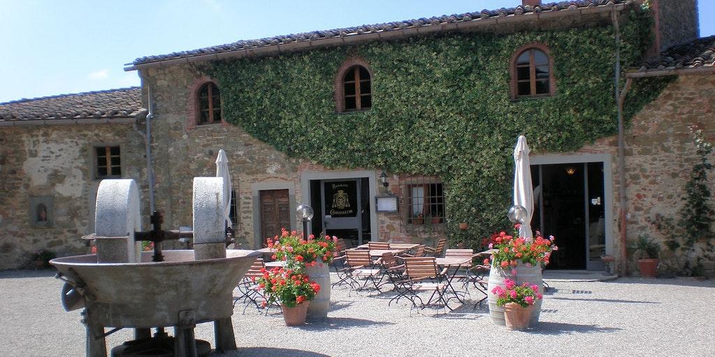 Det lilla matstället på Castelvecchis torg