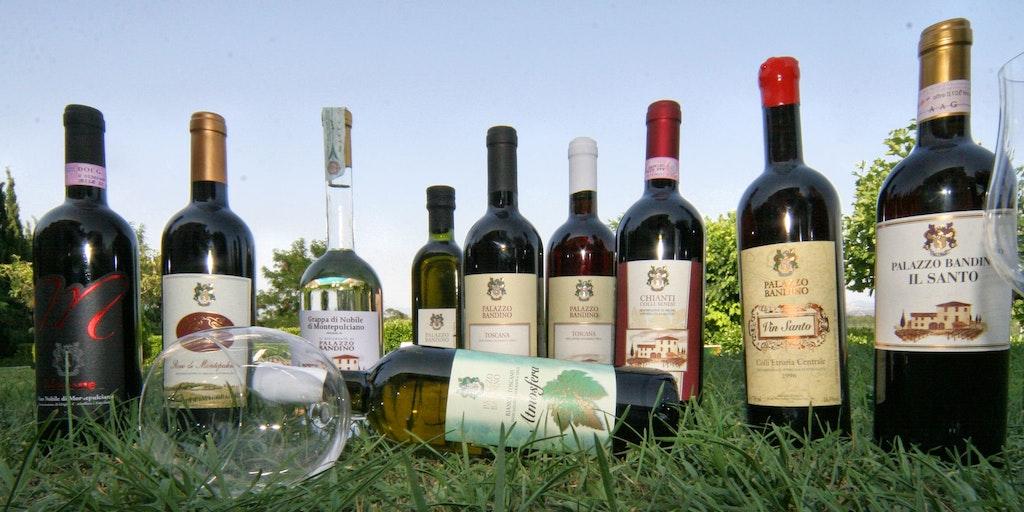 Die Weine des Anwesens <em>Grappa</em> und der berümte <em>Wein-Santo</em>