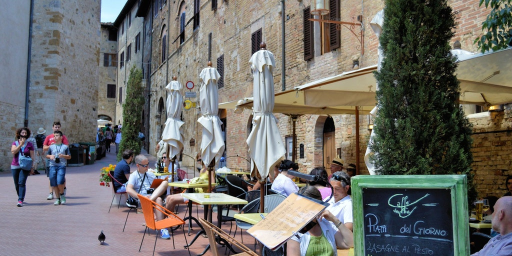 San Gimignano is full of cafes