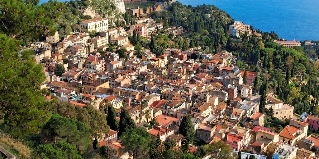 Taormina with its picturesque location