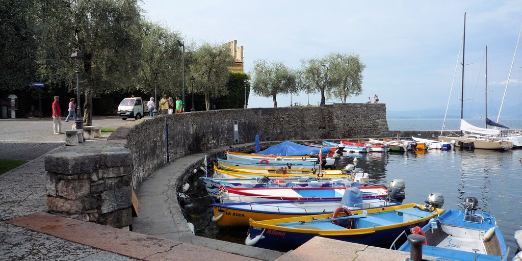 The marina next to the fortress Scaligero