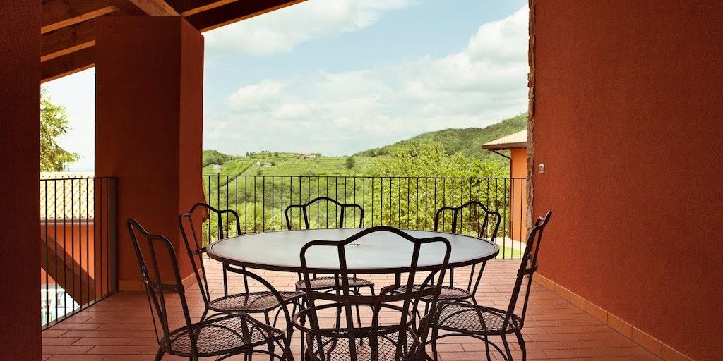 <p>Terrasse der Wohnung Casa Sassi</p>
