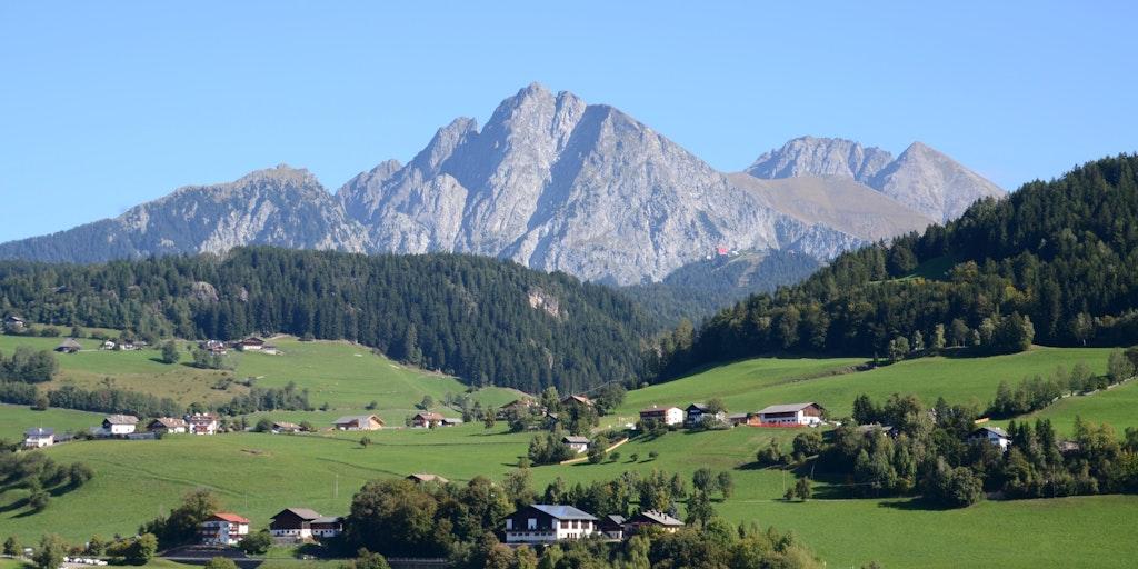 Storslagen berglandskap nära gränsen till Österrike